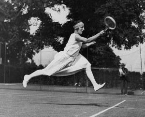 Daring-French-tennis-play-001